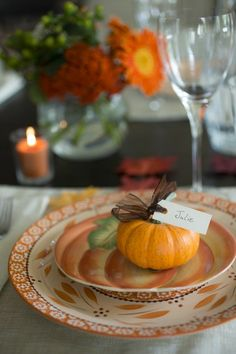 Mini Pumpkin Place Card on Pumpkin Plate: 5 Fall Decorating Entertaining Ideas Thanksgiving Feast, Thanksgiving Decorations, Autumn Table, Autumn Cozy, Mini Pumpkins, Fall Harvest, Autumn Inspiration, Orange, Fall Halloween