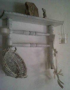Daniela shaby chic: partes de sillas  repisa colgante $130