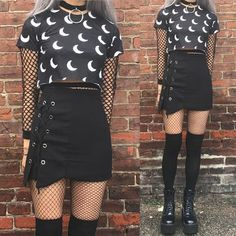Women S Fashion Worldwide Shipping Code: 7610630374 Grunge Goth, Nu Goth, Crop Top Outfits, Mode Outfits, Gothic Outfits, Grunge Outfits, Blazer Fashion, Skirt Fashion, Fashion Shoes