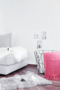 New Zara Home Mohair Coral Blanket    onlydecolove.com