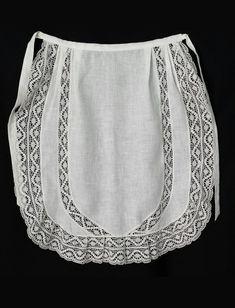 Margarita Vercher delantal fallera Aprons Vintage, Murcia, Skirt Pants, Margarita, Lace Shorts, Couture, Regional, Fashion, Folklore