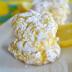 Lemon Crinkle Cookies - Soft and light lemon cookies using only four ingredients - and NO butter or oil!