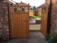 Wooden Gates In Nottingham Derby Garden Driveway Gates Flat