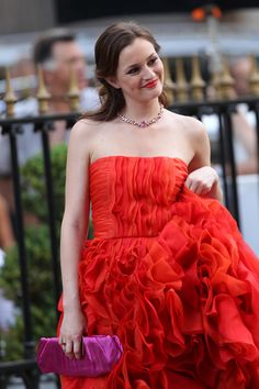 Blair Waldorf in an Oscar de la Renta gown and a Harry Winston necklace