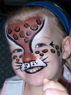 Trucco Viso Leopardo Girl Face Painting, Face Painting Designs, Painting For Kids, Body Painting, Maquillage Halloween, Halloween Makeup, Halloween Face, Leopard Face Paint, Best Pictures Ever