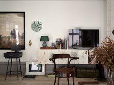 lovers of mint: Une maison où l'art est maître absolu Flat Interior, Interior And Exterior, Interior Design, Scandinavian Apartment, Scandinavian Interior, Apartment Living, Living Room, Sweet Home, Gravity Home