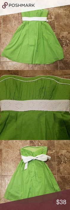 NWT Strapless My Michelle Green Dress Size 5 Juniors dress. Size 5. Brand new. My Michelle. Green and white. Strapless My Michelle Dresses Strapless