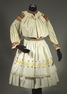Complete Woman's Slovak Folk Costume from Cicmany, Slovakia - embroidered blouse Costume Shop, Folk Costume, Costumes, Historical Costume, Embroidered Blouse, European Fashion, Pleated Skirt, Apron, Formal
