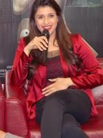 Mannara And Karanveer Singh Promotes 'Zid' During a Press Meet | http://cinemaza.co.in/events/mannara-karanveer-singh-promotes-zid-press-meet