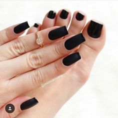 What manicure for what kind of nails? - My Nails Elegant Nail Designs, Elegant Nails, Classy Nails, Simple Nails, Trendy Nails, Clear Acrylic Nails, Acrylic Nail Designs, Black Nail Art, Black Nails