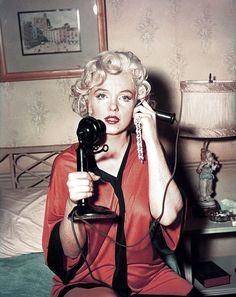 Marilyn Monroe 1955 New Years Resolutions - Hollywood Marylin Monroe, Estilo Marilyn Monroe, Marilyn Monroe Photos, Marilyn Monroe Playboy, Ginger Rogers, Hollywood Glamour, Old Hollywood, Du Dudu E Edu, Hippie Vintage