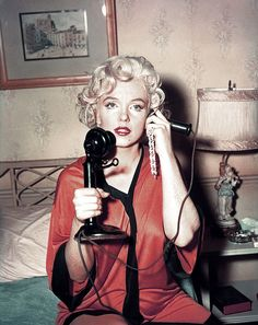 . - Marilyn Monroe -
