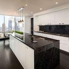 Topes de granito negro combina perfecto topes cocinas - Cocinas en negro ...