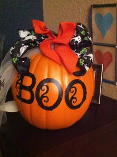 Halloween Decor Ideas Halloween BOO Pumpkin  #2014 #Halloween