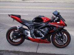 Suzuki GSXR black & red
