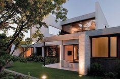 Impressive home in Chile conforms to the landscape