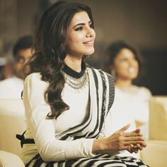 Samantha looks super stylish on this modern saree drape at the awards ceremony conducted by Behindwoods.com