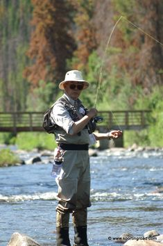 A Beginners Guide To Fishing Fishing For Beginners, Fishing Basics, Fishing Kit, Gone Fishing, Fishing Reels, Bass Fishing, Fishing Tackle, Fishing Crafts, Happy Fishing