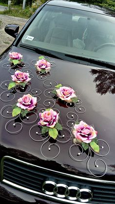 Car Centerpieces, Rustic Wedding Centerpieces, Rustic Wedding Alter, Bridal Car, Wedding Car Decorations, Flower Background Wallpaper, Planner Decorating, Wedding Cakes With Flowers, Wedding Stage