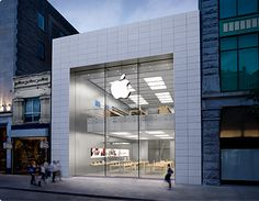 Apple Store Montreal Quebec