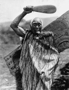 Digitised Image Polynesian People, Polynesian Art, Maori Face Tattoo, Old Photos, Vintage Photos, Nz History, Maori People, Maori Designs, Nz Art