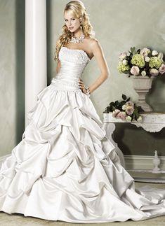 Bröllopsklänningar - $329.99 - Balklänning Axelbandslös Hjärtformad Chapel släp Satäng Bröllopsklänning med Rufsar Spetsar (00205000331)