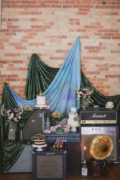 Lynzie Kent - Toronto Wedding Planner, Singer and Vintage Junkie Rock n' Roll Wedding Inspiration Grunge Wedding, Punk Rock Wedding, Wedding Fotos, Pre Wedding Photoshoot, Rockers, Rolling Stones, Heavy Metal Wedding, Rocker Wedding, Boho Vintage