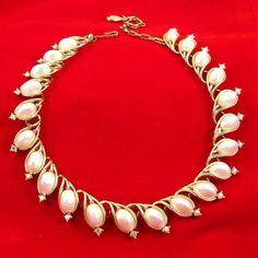 Vintage 1950s Necklace Lisner White Pearls Aurora by Revvie1, $36.00
