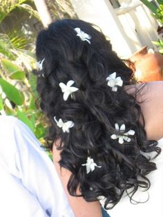 #Flowers in your hair - pretty and delicate looking.