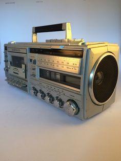 Mona Boombox Cassette Player Recorder Ghetto Blaster