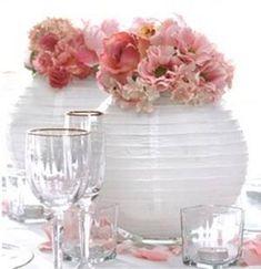 Resultado de imagen para centros de mesa con lamparas chinas #Arreglosfloralesparamesa
