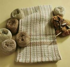 An All Natural Organic Kitchen Towels in 10/2 Fox Fibre