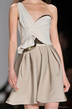 J. Mendel. Simple and sexy. High Fashion Dresses, Short Dresses, Formal Dresses, Dresses 2013, Wedding Dresses, Pretty Outfits, Beautiful Outfits, New Dress, Dress Up
