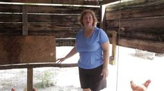 Homesteading Ideas. Is Your Chicken Roost The Proper Height?  http://prepperhub.org/homesteading-ideas-is-your-chicken-roost-the-proper-height/