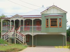 This 'Georgina' house features a combination of green, red and cream colour scheme, reminiscent of a classic heritage Queenslander House Color Schemes, House Colors, Queenslander House, House Paint Exterior, Australian Homes, Tropical Houses, Home Reno, Classic House, Traditional House