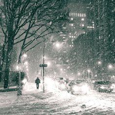 NY Through the Lens - New York City Photography - nythroughthelens: New York City Snow in NYC . Winter Szenen, Winter Storm, Winter Night, Winter Holidays, Snow Photography, Travel Photography, Urban Photography, Snow Night, Snow Images