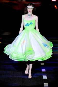 Spring 2011 Ready-to-Wear Betsey Johnson