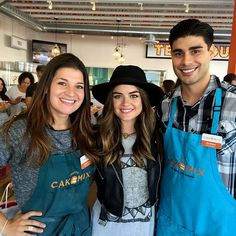 Lucy Hale buddies up to the Duff's Cakemix staff Lucy Hale, The Duff, Fashion, Moda, Fashion Styles, Fashion Illustrations