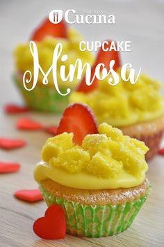I #cupcake #mimosa sono dei dolcetti che si ispirano alla classica torta mimosa, ideale per la Festa della Donna.