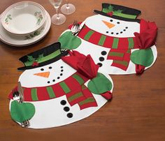 Christmas Snowman Table Placemats with Matching Napkins