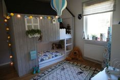 Ikea have created a wonderful toddlers bed that is perfect for customising in whatever way you like. You can hack the Ikea KURA bed to . Kura Bed Hack, Ikea Kura Hack, Murphy-bett Ikea, Ikea Bed, Ikea Hacks, Cool Kids Bedrooms, Kids Rooms, Bunk Bed Sets, Cama Box