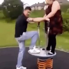 Funny, Funny gif, Funny Videos funny, Funny fails, Best funny pictures - Goofy Gifs To Make You Grin CutesyPooh Funny Quotes, Funny Memes, Hilarious, Jokes, Funny Comedy, Funny Cartoons, Memes Humor, Cat Memes, Funny Videos
