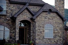 Beautiful custom home with our Ridgestone (Color Blend: Arcadian & Veranda) ----- www. Color Blending, Home Builders, Custom Homes, Luxury Homes, Building A House, Real Estate, Construction, Fire, Mountain
