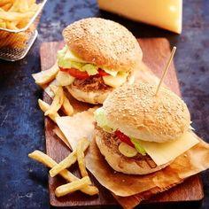 Hamburger au confit de canard, pommes de terre grenaille et fromage Appenzeller…