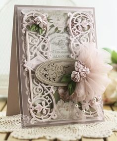 Hi sweet friends, another card to share today with a little bit of a vintage shabby feel. It was one of those cards that when I thought I was done, I wasn't done and my mom kept saying – 'Needs som