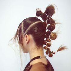 Hair Inspo, Hair Inspiration, Pelo Editorial, Runway Hair, Catwalk Hair, Hair Upstyles, Hair Photography, Hair Reference, Hair Shows