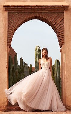 Click to see more gorgeous wedding dresses from BHLDN latest collection