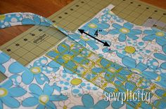 The Sewplicity Quilted Duffle Bag   http://sewplicity.com/2012/07/tutorial-quilted-duffle-bag/