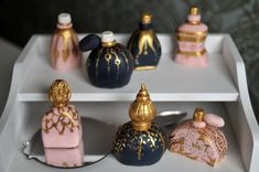 Luxury Miniature cakes ideas - Vintage Perfume Bottles Mini cakes LOVE!