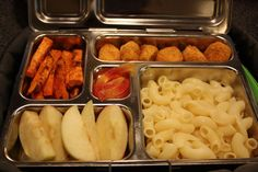 Gluten-Free Lunch Box ideas Lunch Snacks, Healthy Snacks, Lunch Box, Boat Food, Gluten Free Recipes, Free Food, Macaroni And Cheese, Food To Make, Favorite Recipes